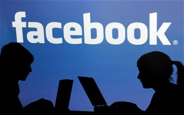 Facebook will team up with Childnet & the Diana Award to train and empower young people to combat cyber bullying.